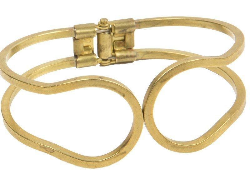 Ellen Beekmans_vergulde armband met scharnierslot_34.95euro